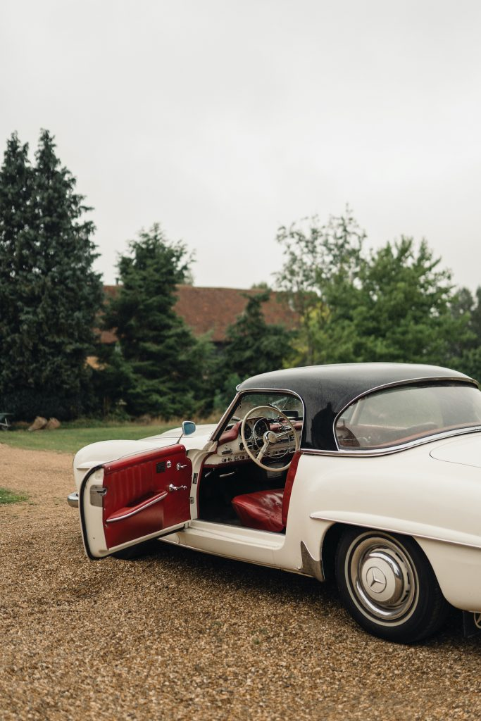 Classic wedding car hire uk